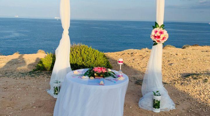 Amit tudnod kell a tengerparti esküvő körülményeiről, menyasszonyként