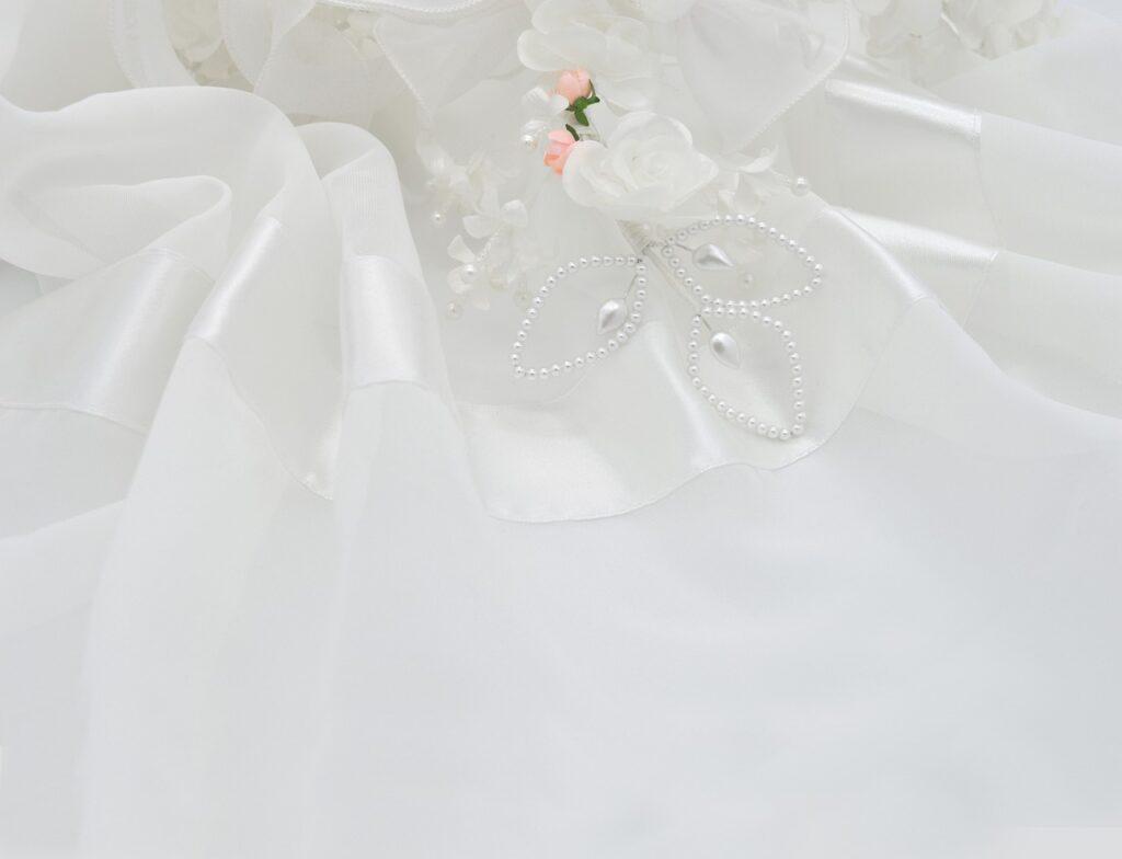 Esküvői ruha tengerparti esküvőhöz chiffon anyagból
